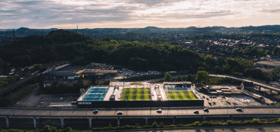 Nouvelles vues aériennes du Décathlon de Charleroi